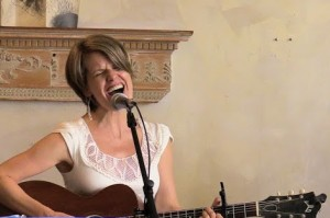 Singer/songwriter AMy SOucy shares her sweet songs at Out by 10.